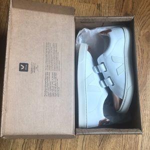 Veja Esplar Velcro Leather Sneakers - NIB